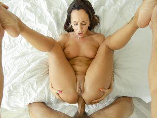 Jada Stevens Scared Sexy